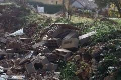 18 Maison TOP DUO matériaux laissé à l'abandon
