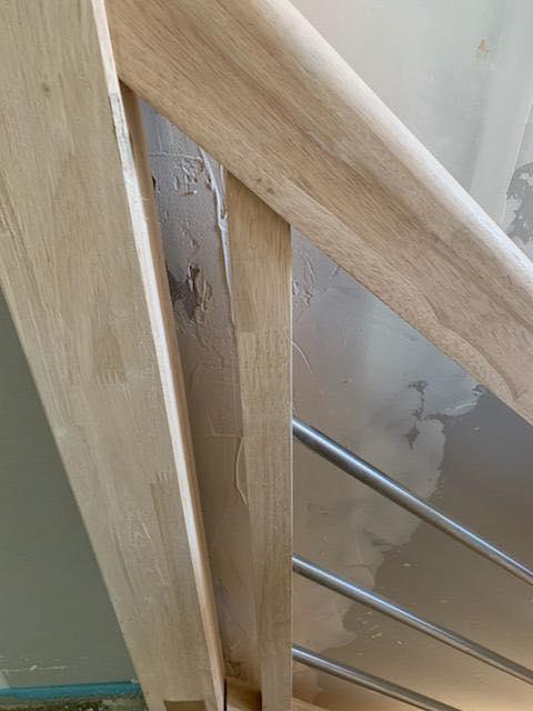 Escalier-plâtre-étalé-Maison-TOP-DUO-1